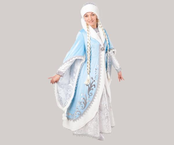 Богатый костюм Снегурочки.